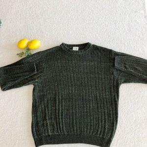 Geoffrey Beene sweater, size M